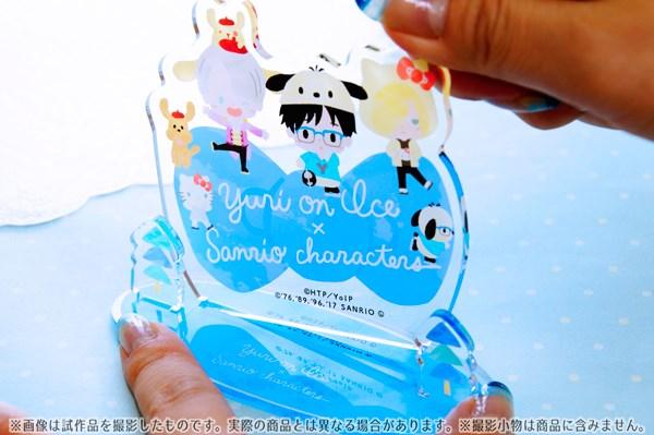 ユーリ!!! on ICE アクリルスタンド ユーリ×サンリオ